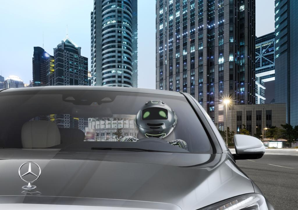 A driving robot? - in the future the car drives independently   Foto: www.mercedes-benz.com