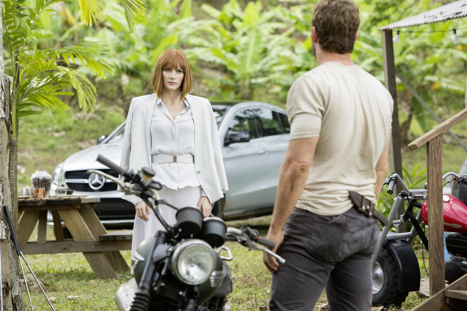 The first prototype of this new SUV-sector vehicle, which was handmade specially for filming, can be seen in the movie. Here: Bryce Dallas Howard and the all-new Mercedes-Benz GLE Coupé on the set of Jurassic World.   photo: Mercedes-Benz