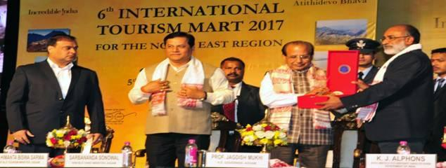 Ministry of Tourism organized '6th International Tourism Mart' (ITM) in Guwahati, Assam from 5-7 December, 2017. International Tourism Mart is an annual event organised in the North Eastern region with the objective of highlighting the tourism potential of the region in the domestic and international markets. Foto: India Tourism